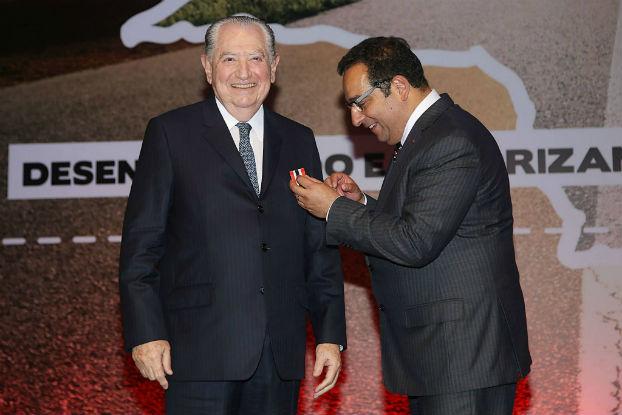 Szajman é homenageado durante comemoração dos 66 anos do SESCON