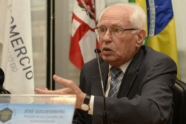 Goldemberg participa do lançamento do livro BenchMais 3 sobre práticas socioambientais