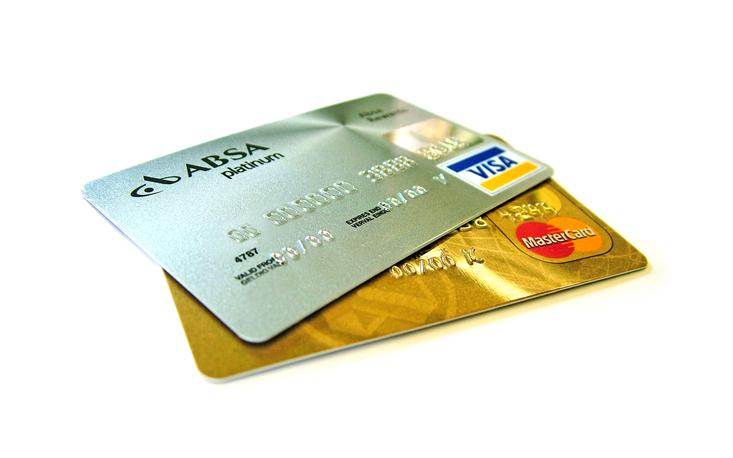 Lei que proíbe a cobrança mínima para o uso de cartões de crédito e débito inviabiliza o livre comércio