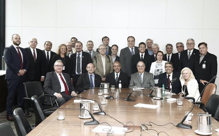 José Carlos Larocca é eleito presidente do Conselho de Serviços