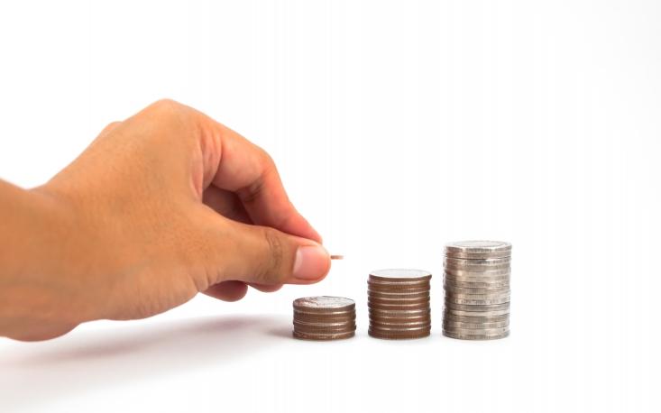 Saques das contas inativas do FGTS podem alavancar em até 2,4% o faturamento do varejo brasileiro em 2017, aponta FecomercioSP