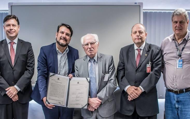 FecomercioSP e Secretaria do Meio Ambiente de SP assinam termo de compromisso de Logística Reversa de eletroeletrônicos