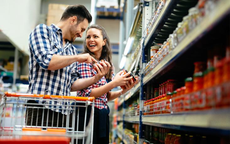 Intenção de consumo das famílias atinge 80,3 pontos em outubro, a maior pontuação desde junho de 2015