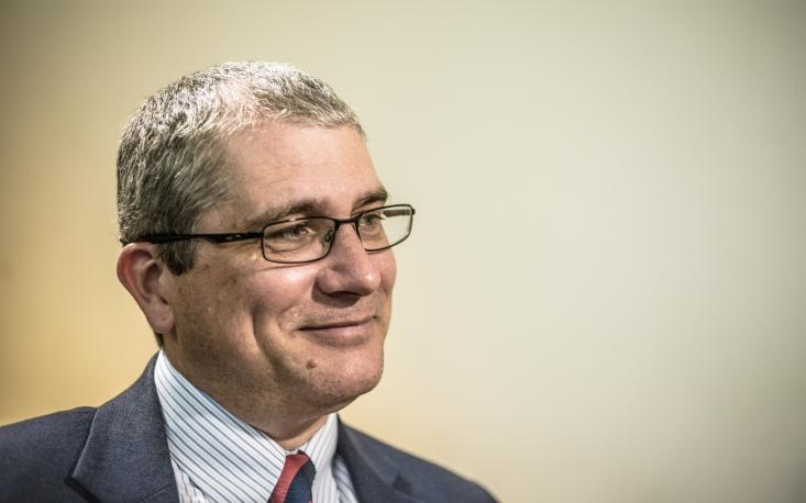 Governo é o maior violador da liberdade econômica, acredita Robert Lawson