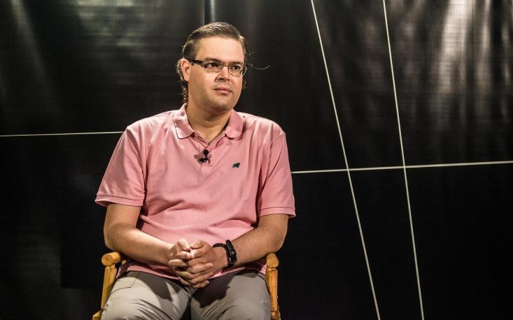 Cultura não ocupa espaço importante no Brasil, lamenta André Köhler