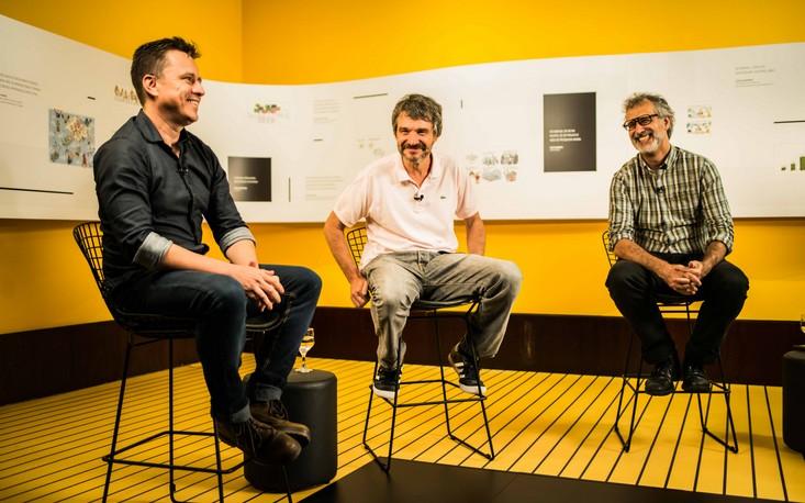 """Cartunistas discutem sobre as obras da exposição """"UM BRASIL em charges"""""""