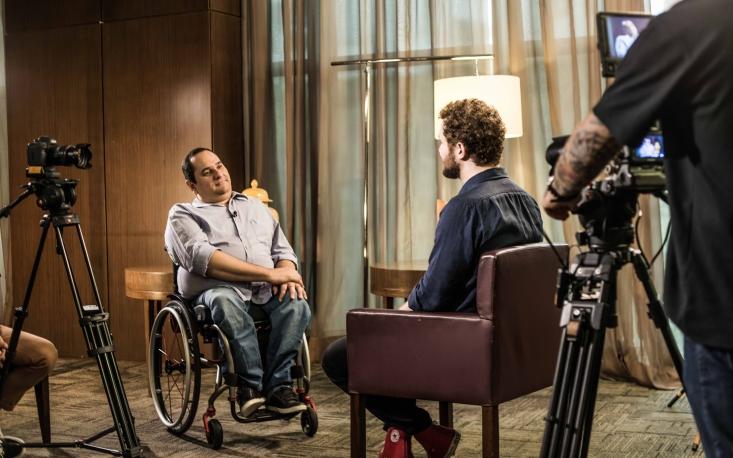 """""""O lugar da criança com deficiência é na escola regular"""", diz Jairo Marques"""