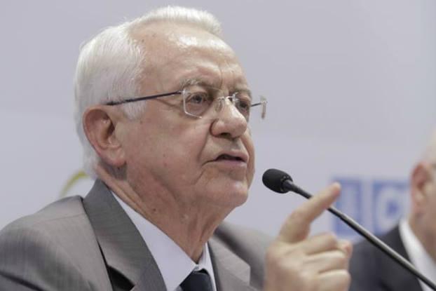 Fim da terceirização pode prejudicar atividades econômicas, avalia ex-ministro do STF