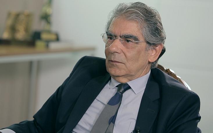 """Persistir no modelo democrático é o desafio da justiça brasileira"", afirma Carlos Ayres Britto"