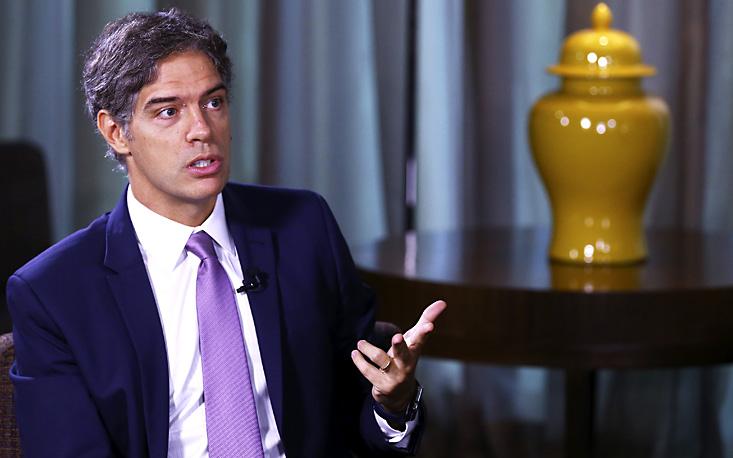 """""""Crise é reflexo de desequilíbrios macroeconômicos gerados pelo governo"""", diz o economista Ricardo Amorim"""