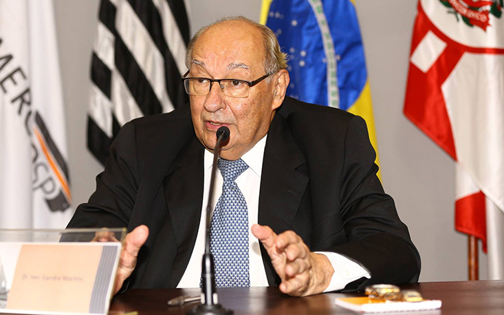 Desafio do próximo presidente será retomar o crescimento da economia nacional, afirmam juristas na FecomercioSP