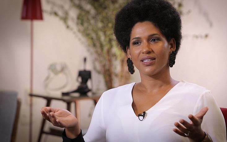"""""""Brasil é o país mais racista do mundo"""", diz Alexandra Loras"""