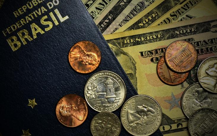 Apesar de desemprego em alta, gastos de brasileiros no exterior crescem 43% neste ano até abril