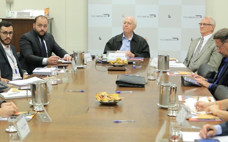 FecomercioSP e empresas do varejo discutem prioridades das negociações coletivas