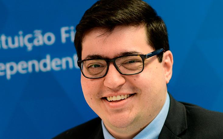 Sem redução do gasto público, Reforma Tributária tende a aumentar impostos, alerta Felipe Salto